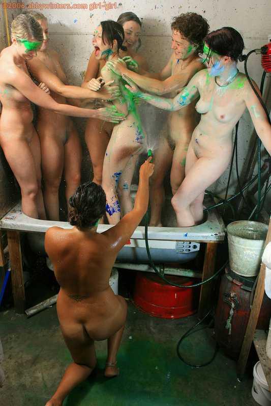 Seven naked Australian girls screen printng