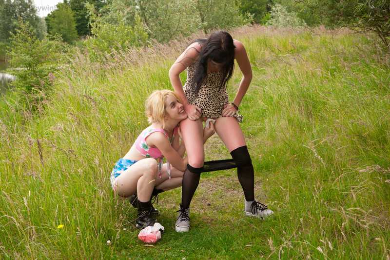 Abby Winters Carmina and Claudia. lesbian hardcore sex girls peeing