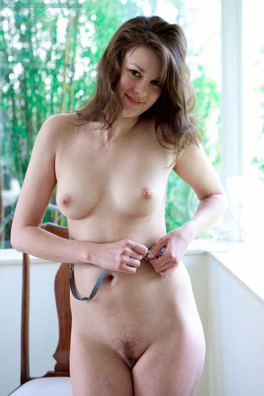 Abby Winters Patricie posing nude for the first time