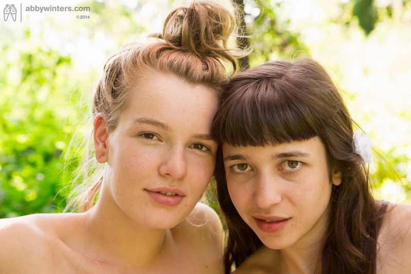 Lulu and Yara outdoor lesbian sex