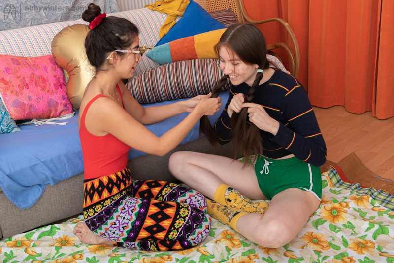 Ayesha and Lalia lesbian scissoring and fingering