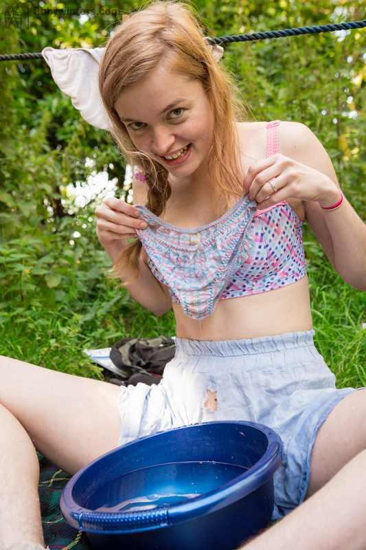 Aussie girl Laney fingering outdoors