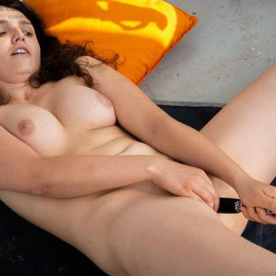 Pascal finger banging her hairy pussy