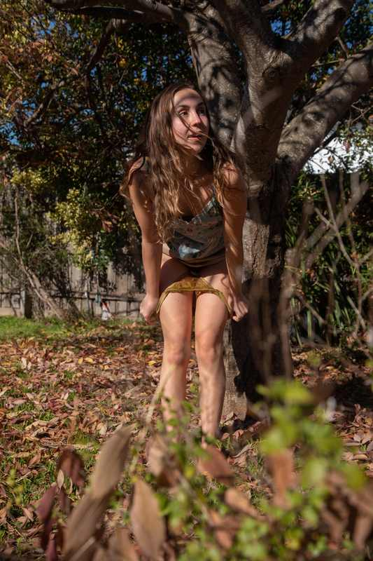 Olive toying and pissing outdoors