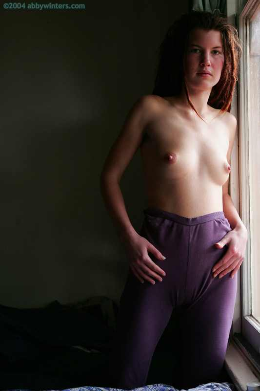 Aussie girl Summer first time posing nude