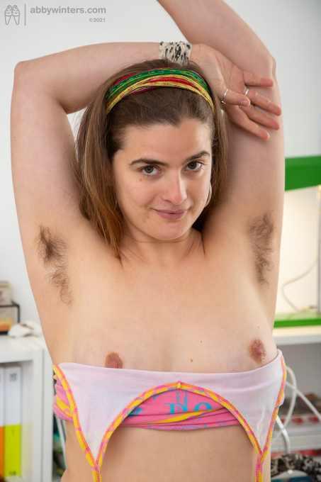 Viviana first time posing nude